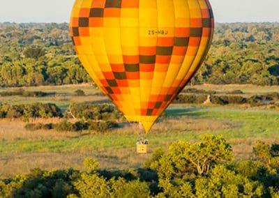 Hot air balloon rides on an Okavango Delta safari